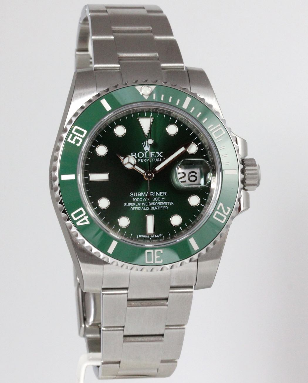 rolex submariner date hulk new vendu. Black Bedroom Furniture Sets. Home Design Ideas
